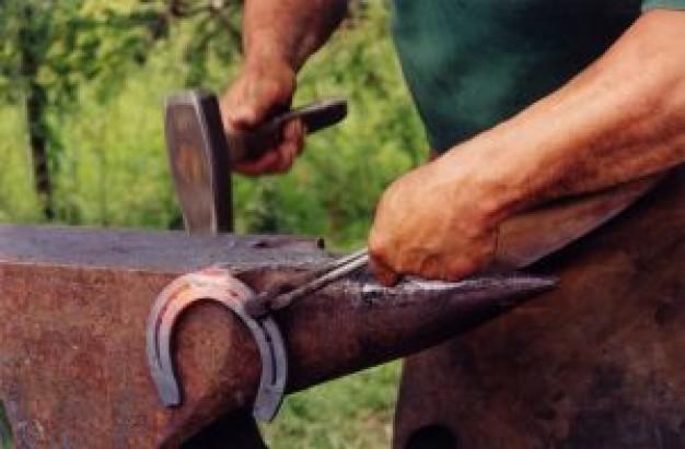 blacksmith_2540894